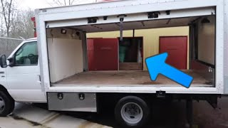I Bought Worlds Best Abandoned Storage Unit At Auction..