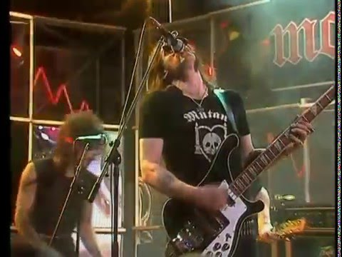Motörhead & Girlschool - St Valentines Day Massacre - Please Don't Touch - HD Video