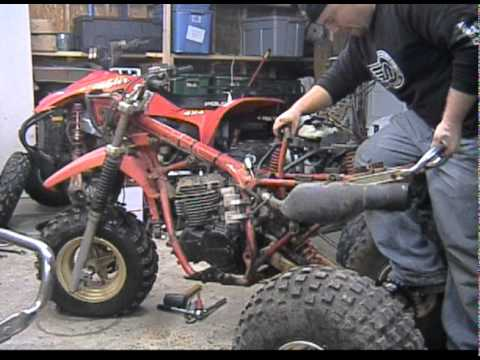 1984 Honda ATC 250r Engine Removal and Installation - YouTube