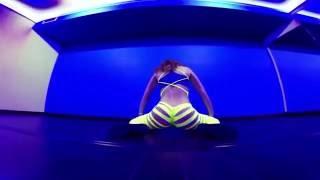 Тверк в рваных лосинах секси Twerk & Booty Shake Dance