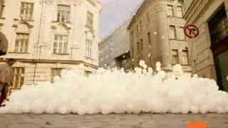 Cool TV ad - Snow in summer