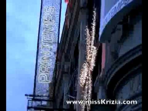 Le Printemps Store in Paris Christmas 2011 Windows