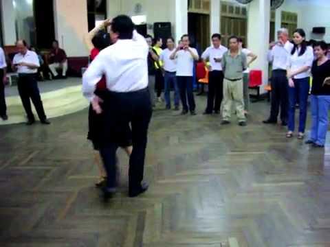 Khiêu vũ - Valse lop4_Khac Tuan.mp4