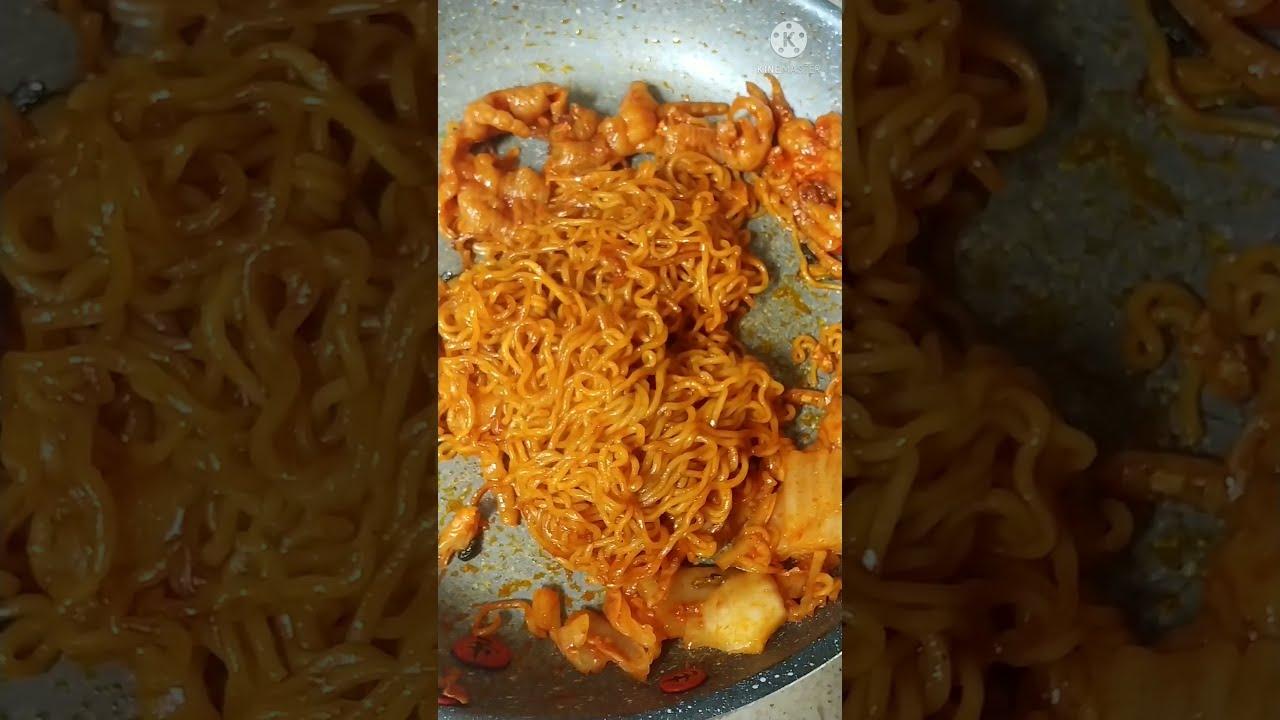 신라면 볶음면 Korean Shin Ramen Stir-fried noodles