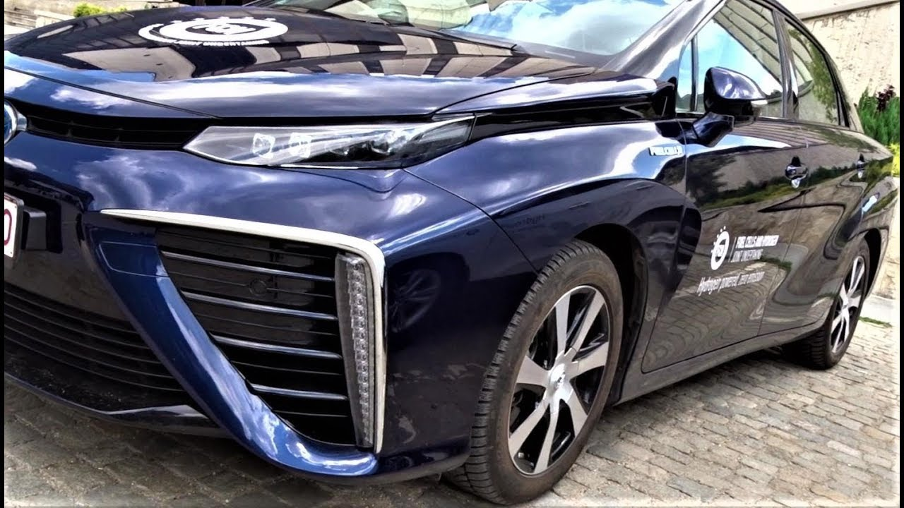 Toyota Mirai 2019 Hydrogen Fuel Cell Car - Test Drive, Interior and Exterior