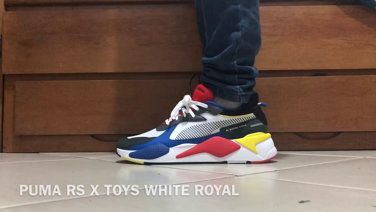 5887a702bbd PUMA RS X TOYS WHITE ROYAL ON FEET - YouTube