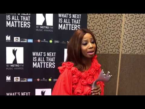 Kelly Khumalo wins best female album Metro FM Music Award