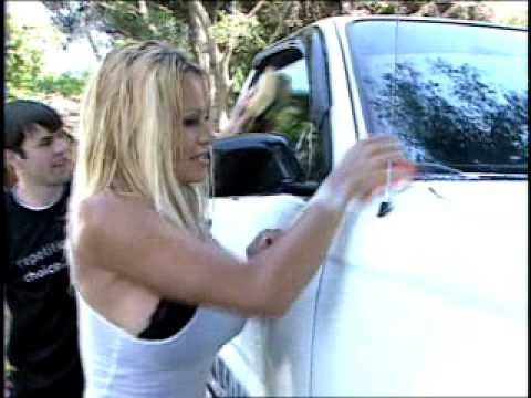sexy Pamela Anderson visit Sirius Carwash Winner thumbnail