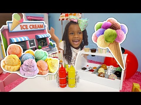 Toys and Colors Pretend Play Ice Cream Cart Shopping  - Little Sister Elli