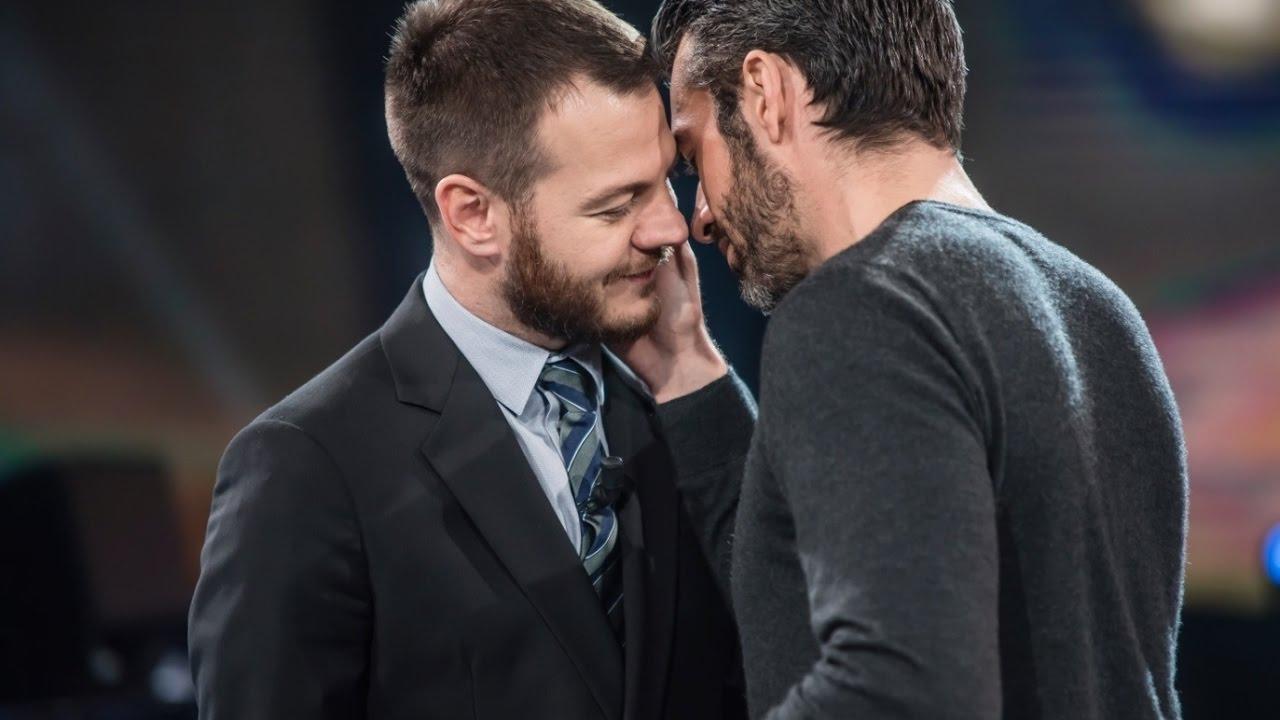 video gay italiani Vittoria