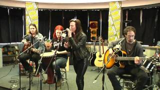 Halestorm - All I Wanna Do is Make Love to You (acoustic, cover, w /interview, 720p)