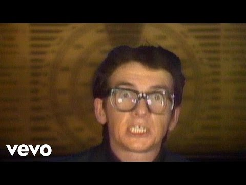 Elvis Costello & The Attractions - Radio, Radio