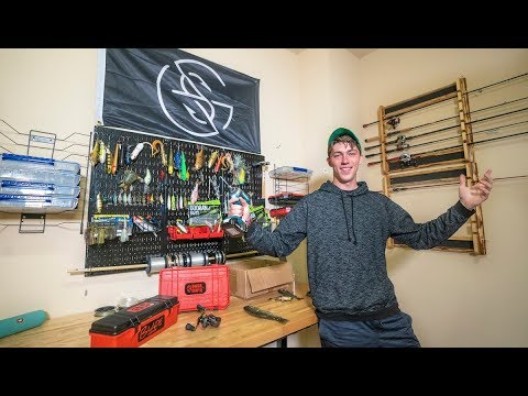 Building My Custom DREAM ROOM! — (Ultimate Fishing Man Cave)