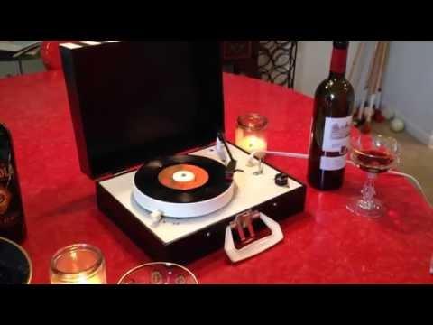 RARE Vintage 1960's Handpainted Turntablede YouTube · Haute définition · Durée:  2 minutes 2 secondes · vues 252 fois · Ajouté le 21.06.2014 · Ajouté par Taylor Wilson