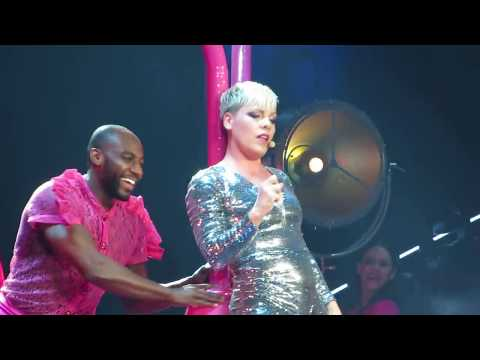 PINK - 01 - Get This Party Started & Beautiful Trauma - Vancouver 2018