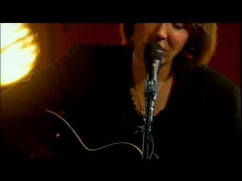 Diana Jones singing Pony live in London