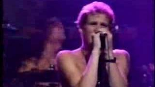Alice in Chains tocando Man in the Box (ABC in concert 1991) Alice ...