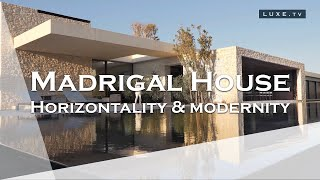 Spain : Madrigal House, a house that's all about the horizontal - LUXE.TV