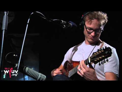 "Ben Sollee - ""Some Lovin'"" (Live at WFUV)"