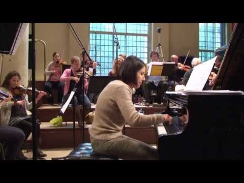 Schulhoff - Concerto Doppio for flute & piano (Maria Prinz / Sir Neville Marriner)