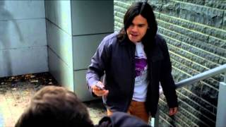 The Flash 1x12 Cisco fights Pied Piper