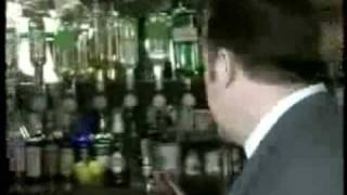 David Brent. Blind date in English pub. High expectations.