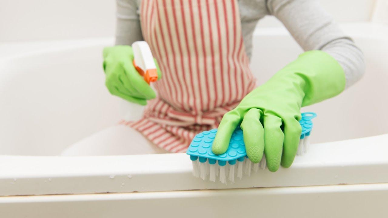 Come rimuovere la muffa da doccia e vasca da bagno - YouTube