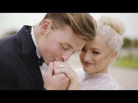 a-romantic,-parisian-destination-wedding---martha-stewart-weddings