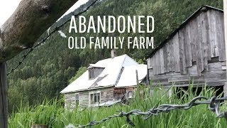 Abandoned Farmhouse With A Surprise In The Barn   URBAN EXPLORING