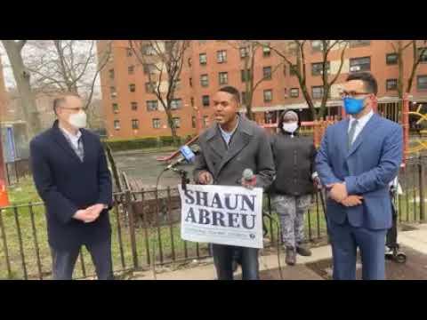 Congresista Ritchie Torres reitera respaldo  Shaun Abreu quien luchará a favor de mejorar NYCHA