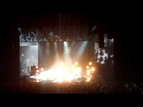 HD - Long Gone - The Black Keys Live At Air Canada Centre (ACC) March 14 2012