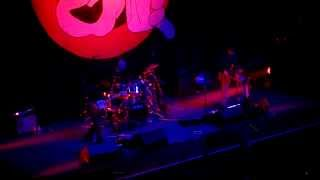 Primus - Over the electric grapevine - NYE 2013