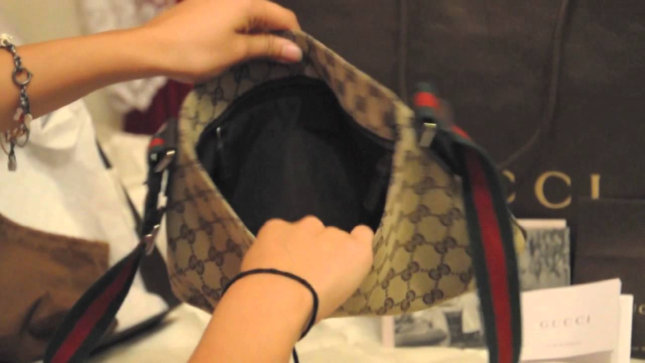 5fd983574fc9 Gucci Messenger Bag - YouTube