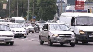 В Алматы водительских прав  лишают за неуплату налогов (31.08.16)(В Алматы за неуплату налогов начали приостанавливать действие водительских удостоверений должников. Тако..., 2016-09-01T03:27:23.000Z)
