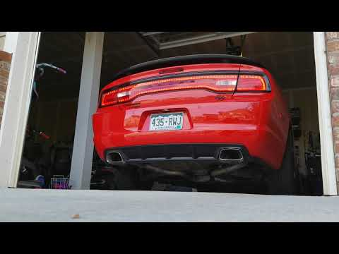Cammed and Procharged 5.7 Charger RT Cold Start