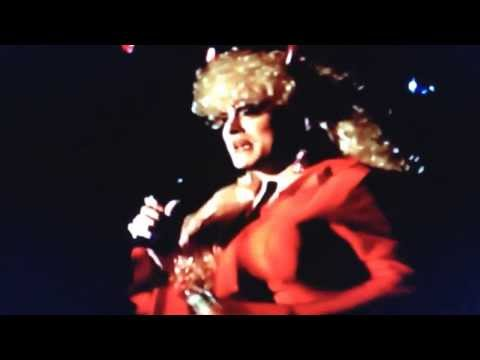 Jolene performing Dolly Parton's These Old Bones October 2007