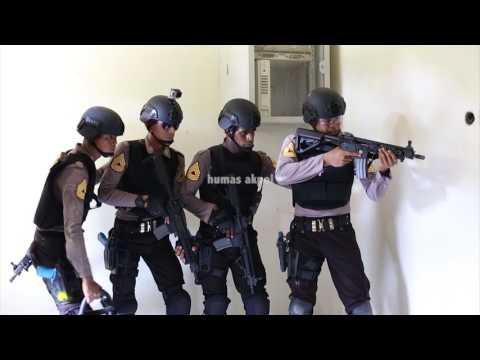 CQB (Close Quarter Battle) akpol - INDONESIAN POLICE ACADEMY