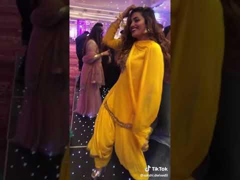 Coca Coca Pr Punjabi Kudi Da Hot Dance
