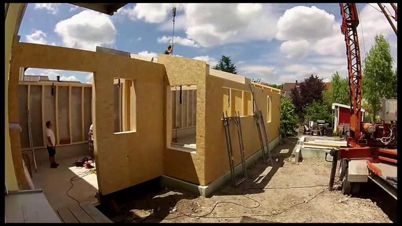 Holzrahmenbau | Zeitraffer | Aufbau Wände - YouTube