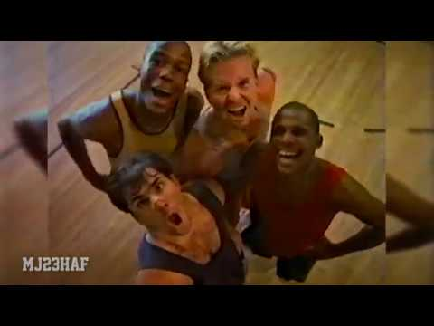 45dbdf5ba965 Michael Jordan   Looney Tunes Air Jordan Commercial 1992 - YouTube