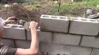 видео Как построить забор