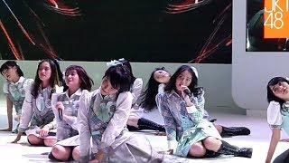 Video JKT48 - Refrain Penuh Harapan || HONDA IIMS 2018 - JIExpo Kemayoran download MP3, 3GP, MP4, WEBM, AVI, FLV Juli 2018