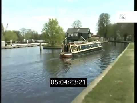 1990s Richmond, River Thames, London