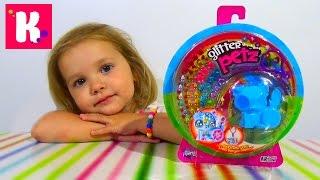 Кошечка с бриллиантами на липучках распаковка игрушки Pets with glitter unboxing toy