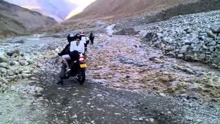 Motorbikes in Himalaya 2