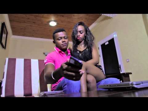 Viavy tsy friperie - Faouzia Bellemetisse [ Official Video By DS Focus 2015]