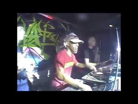 Shy FX Live At Innovation In The Sun 2004 W/ MCs Det, Skibadee & Shabba D