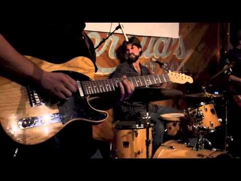 Houston Bernard Band Drink in My hand (Eric Church Cover)