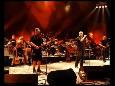 Кому Вниз - Хлопці З Бандерштадту (Live In Kyiv 2011)