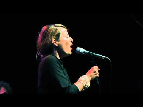 Pilar - Dopo L'amore - Sartoria Italiana Tour